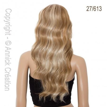 Perruque longue, une coiffure de starlette