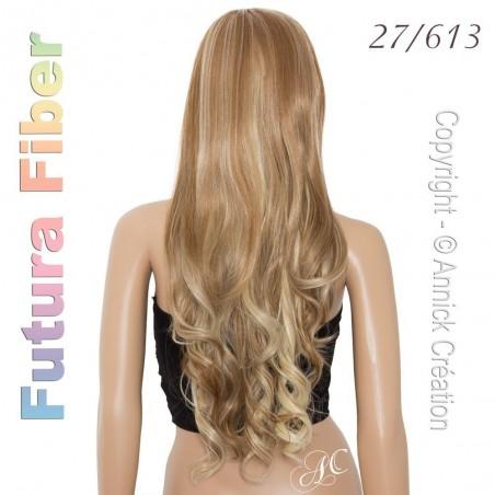 Perruque longue ondulée, une coiffure envoutante
