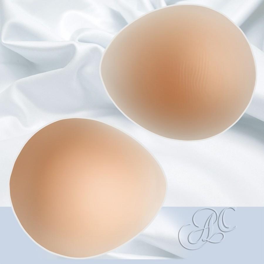 Faux seins silicone ovale