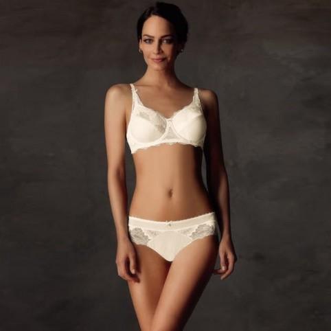 Ensemble lingerie 2 piéces, soutien-gorge armatures, slip pour prothèses