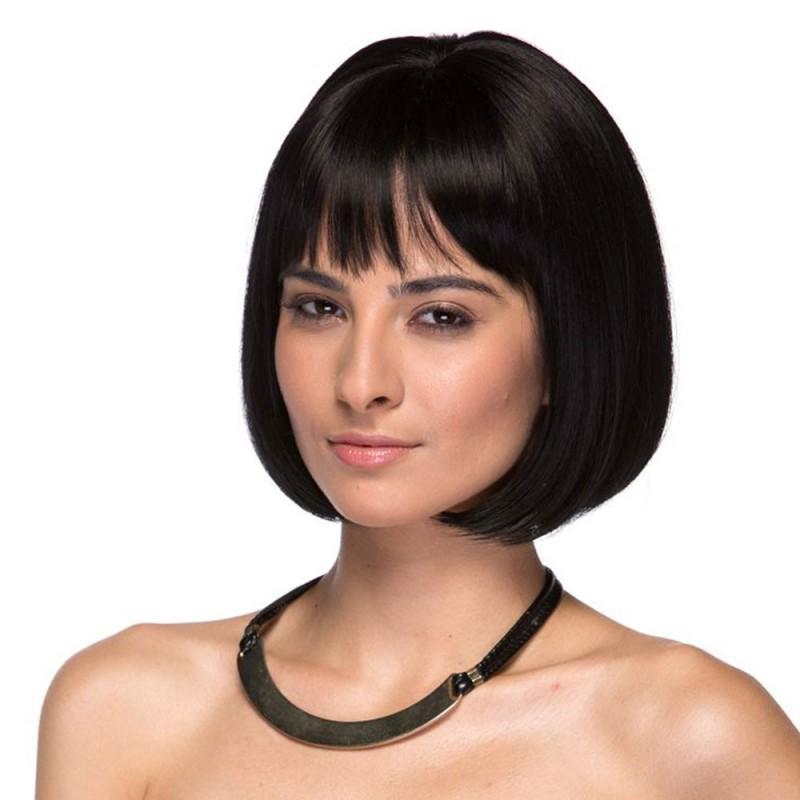 Perruque courte, une coiffure séduisante