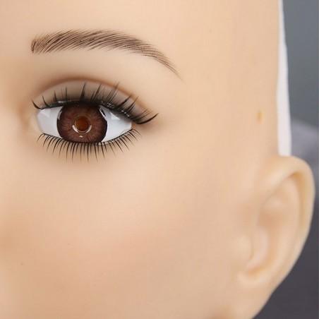 Masque réaliste en silicone, un look féminin
