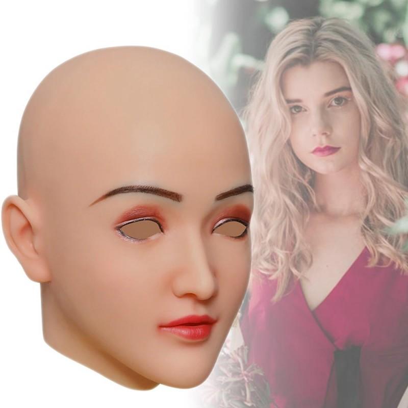 Masque féminin tête pleine, un visage réaliste